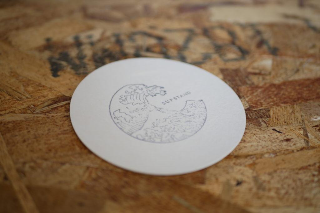 supstand コースター ロゴ